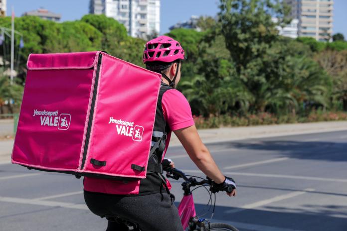 yemeksepeti-Bisikletli Kurye Dönemi Başladı!