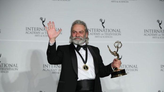 Haluk Bilginer Uluslararası Emmy Ödüllerinde En iyi Erkek Oyuncu!